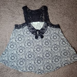 Navy and White Patterned Aeropostale Tank